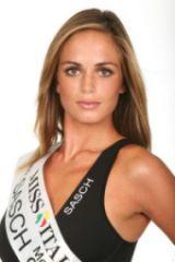 Mirella Sessa Miss Italia 2009 Giurisprudenza