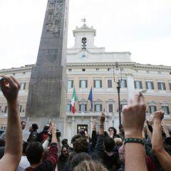 Proteste a Montecitorio