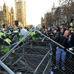 Proteste studenti a Londra