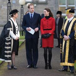 Kate e William in visita a Saint Andrews