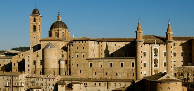 professore Universita di Urbino scrive biglietto amore a studentessa