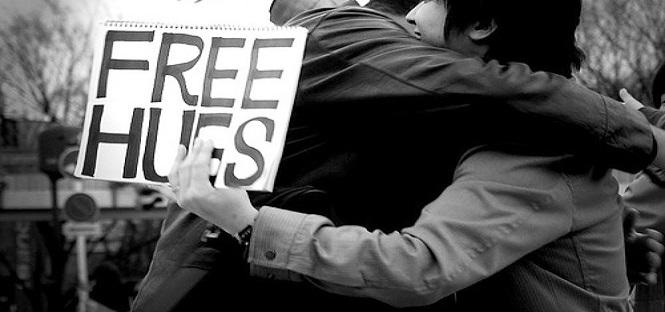 arabia vietati baci e abbracci in universita'
