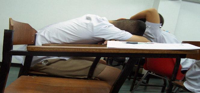 svegliarsi tardi migliora rendimento scolastico